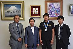 [男子]日本代表(3年:小山玲央)学長報告